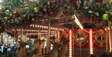 carousel-south-coast-plaza-raindeer